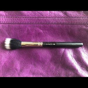 100% authentic MAC 188 small duo fiber face brush